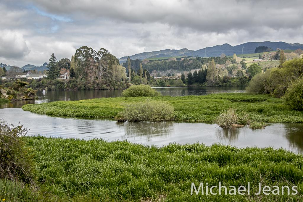 Pokaiwheua Stream at Lake Karapiro Pairere Waikato