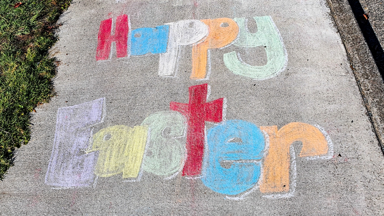 Happy Easter (chalk on concrete) Shakespeare Street (on the eastern side between Arnold & Noel Streets) Easter Saturday 11 April 2020.