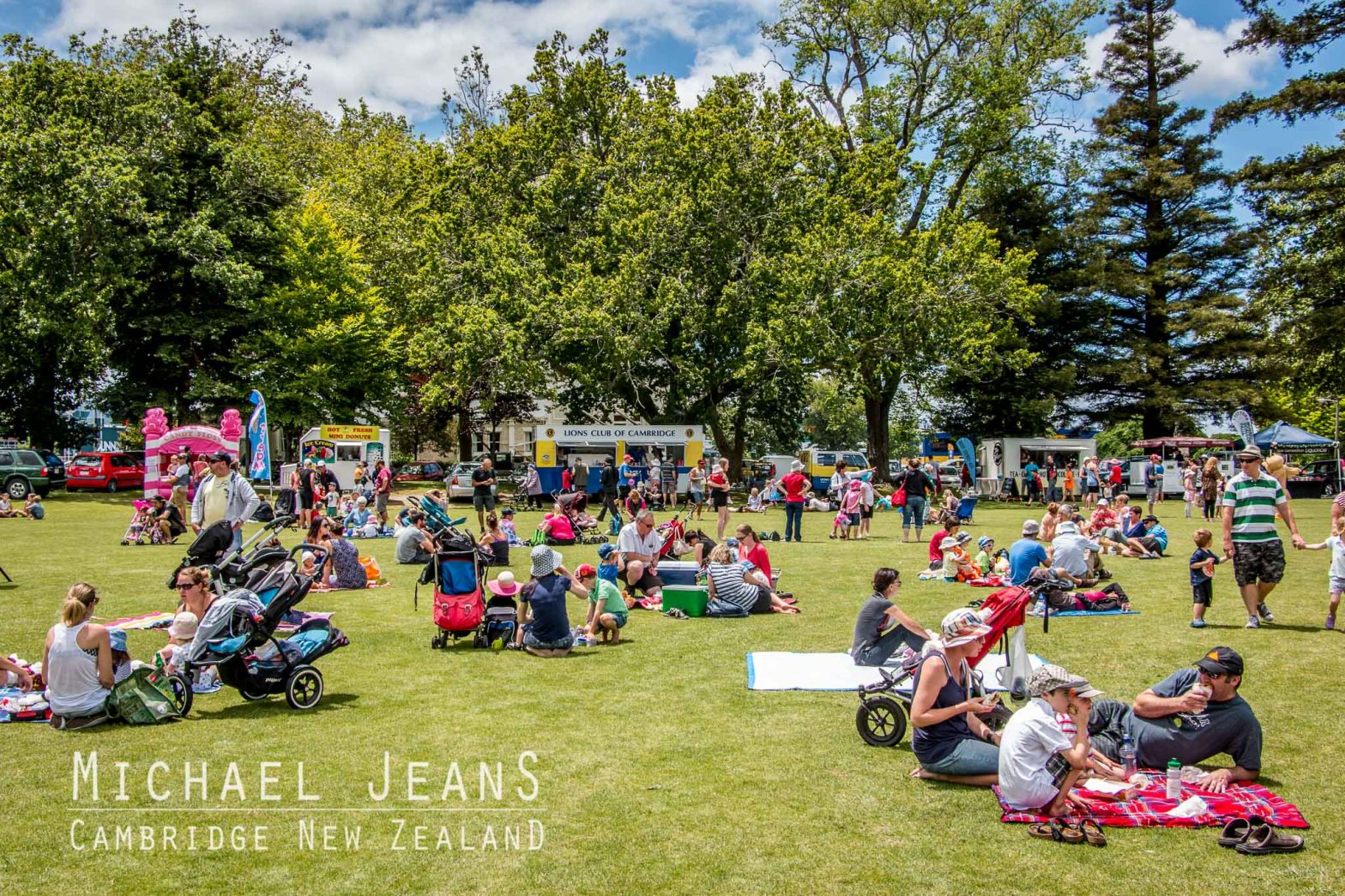 Summer Victoria Square Cambridge New Zealand